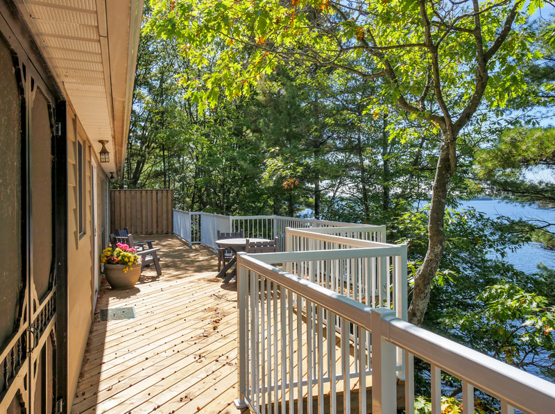 3978 East Shore Road deck with view of Gloucester Pool